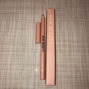 🌸KKW Beauty Pink 1 Lip Liner🌸
